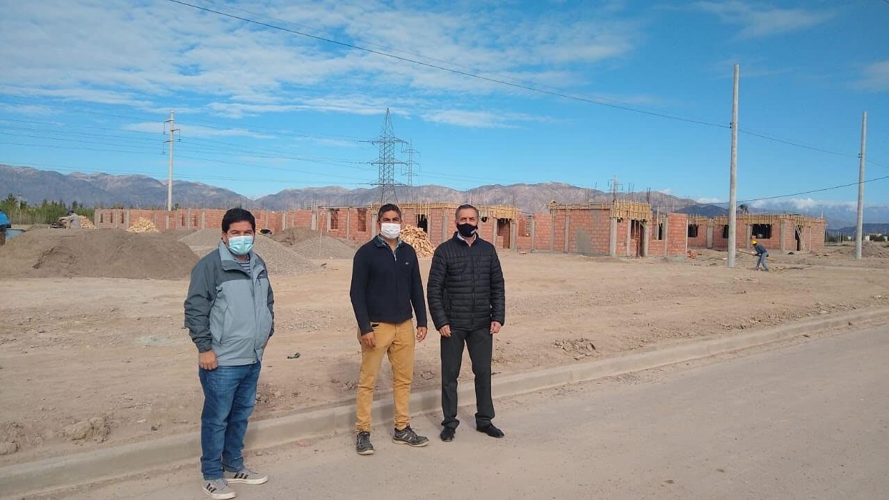 Ceriani Construcciones S.R.L. Mendoza y San Juan